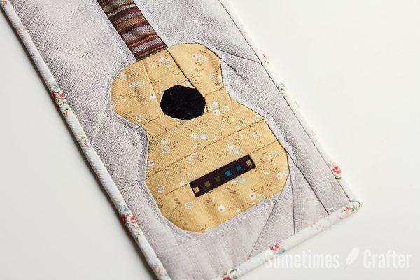 Sometimes Crafter // Ukulele Mini Quilt Pattern