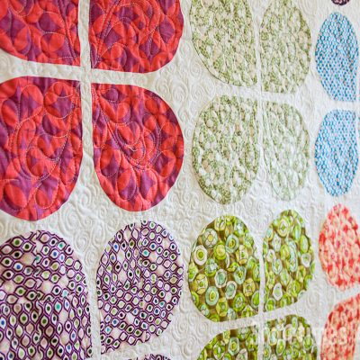 Sometimes Crafter // Retro Flowers Quilt