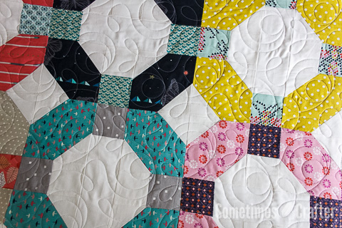 Sometimes Crafter Longarm Quilting // Angela's Cheerio Quilt