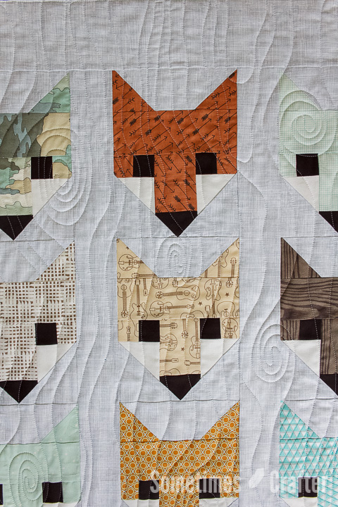 Sometimes Crafter Longarm Quilting // Angela's Fox Quilt